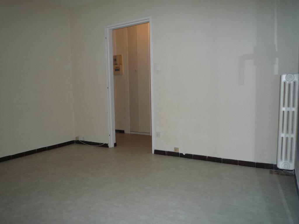 Appartement à louer 1 17.66m2 à Montpellier vignette-2