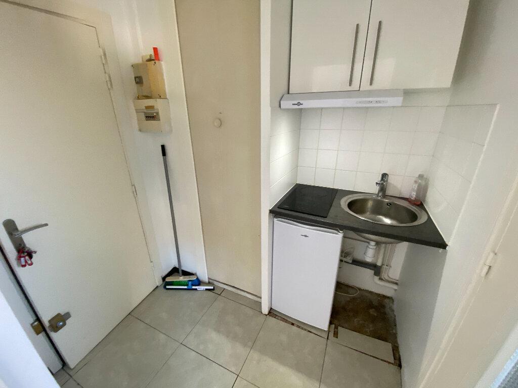 Appartement à louer 1 17.66m2 à Montpellier vignette-3