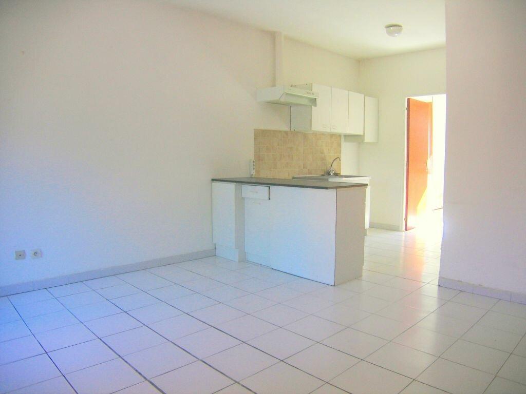 Appartement à louer 2 35m2 à Prades-le-Lez vignette-1