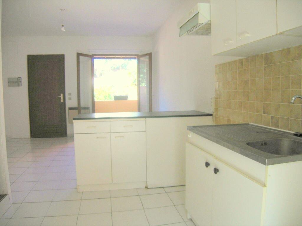Appartement à louer 2 35m2 à Prades-le-Lez vignette-2
