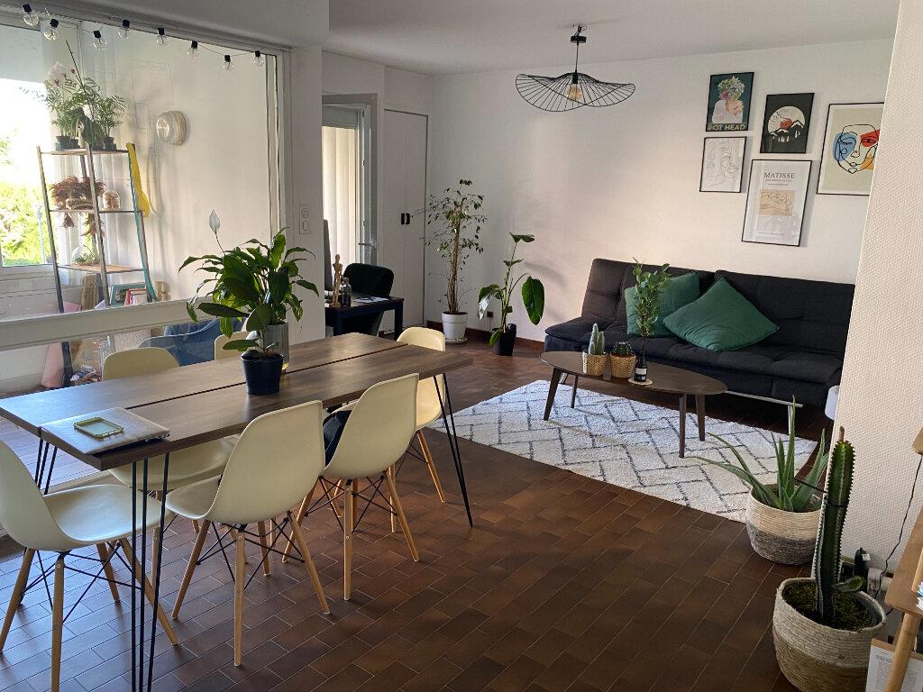 Appartement à louer 2 58m2 à Montpellier vignette-1