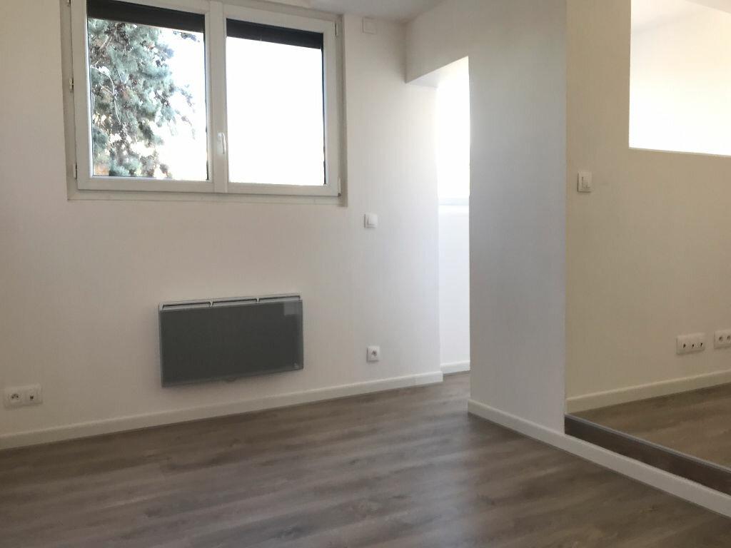 Appartement à louer 5 105.94m2 à Montpellier vignette-13