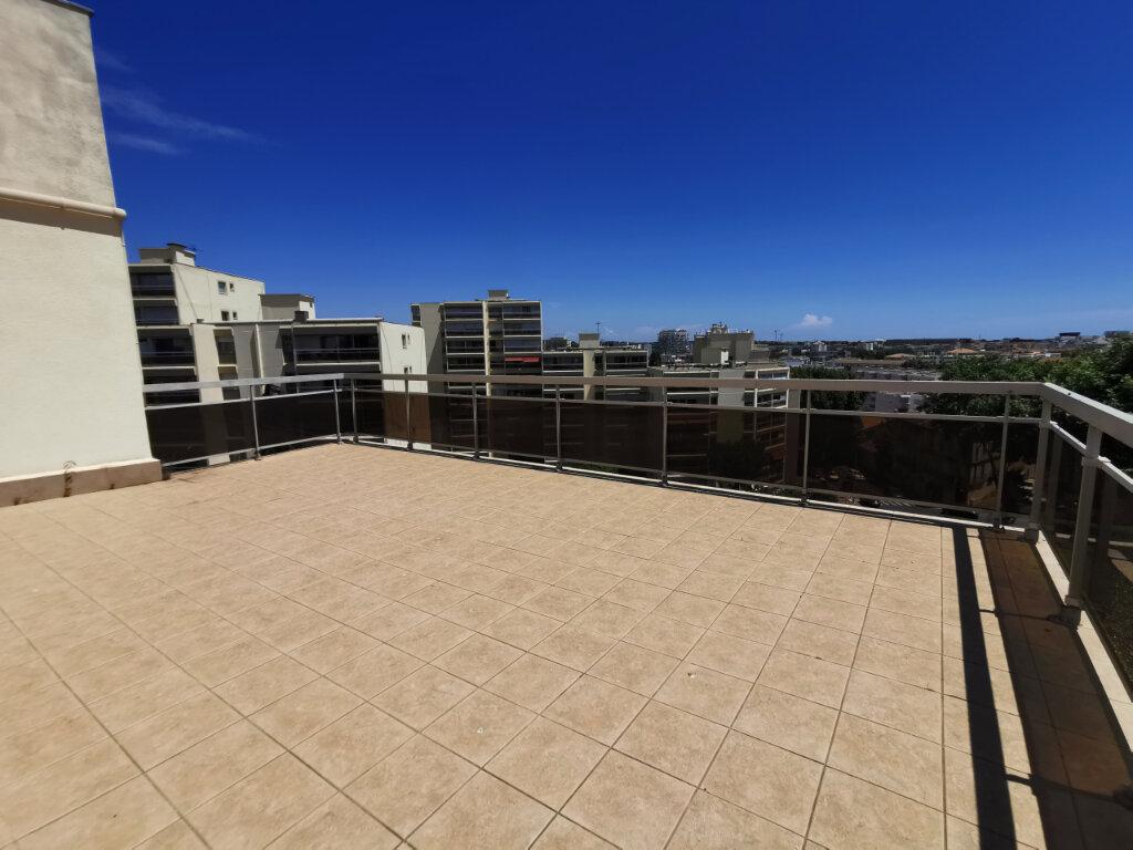 Appartement à vendre 7 175m2 à Montpellier vignette-3