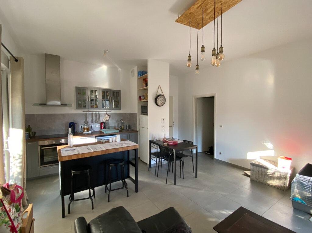 Appartement à louer 3 63.6m2 à Montpellier vignette-3