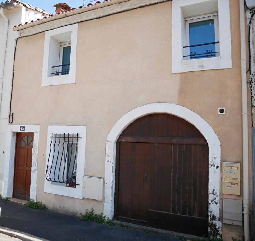 Immeuble à vendre 0 90m2 à Montpellier vignette-1