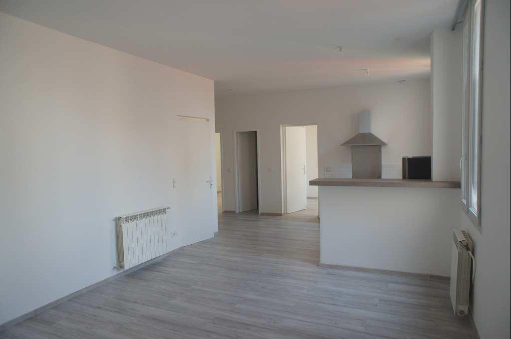 Appartement à louer 4 88.79m2 à Montpellier vignette-2