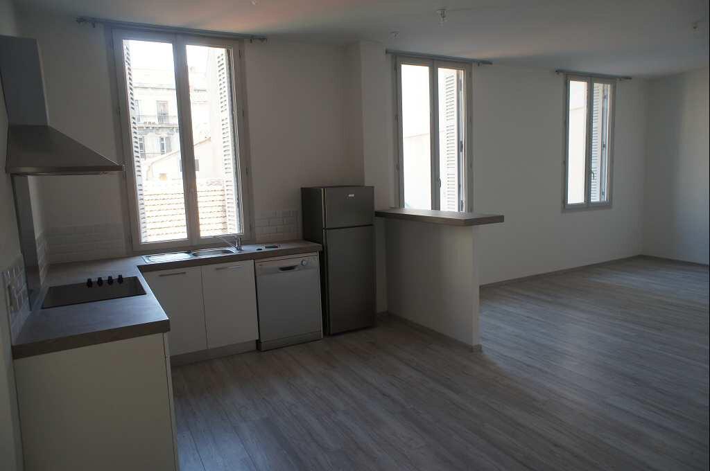 Appartement à louer 4 88.79m2 à Montpellier vignette-3