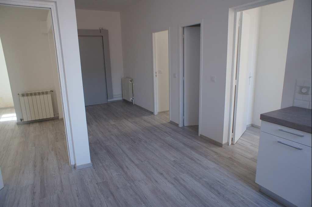 Appartement à louer 4 88.79m2 à Montpellier vignette-4
