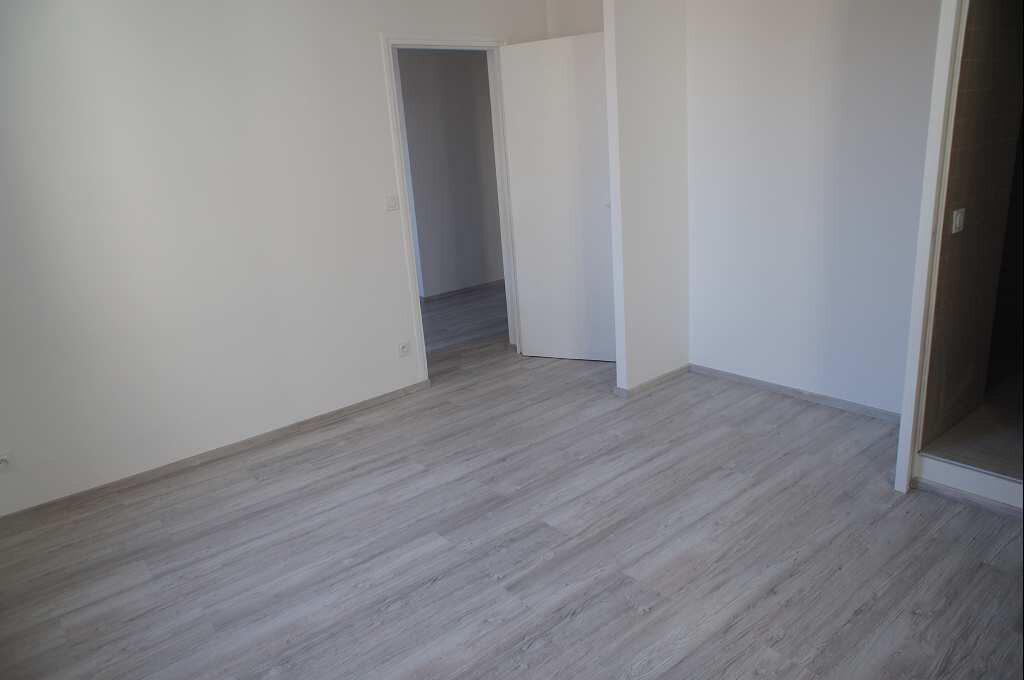 Appartement à louer 4 88.79m2 à Montpellier vignette-7