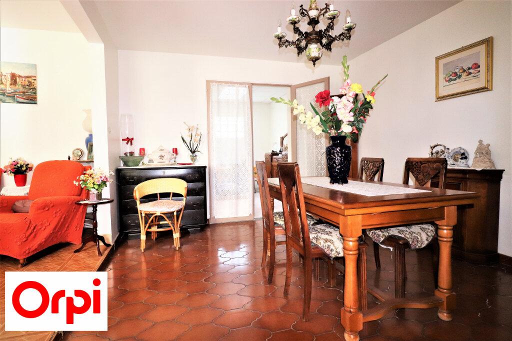 Maison à vendre 6 158m2 à Villejuif vignette-3