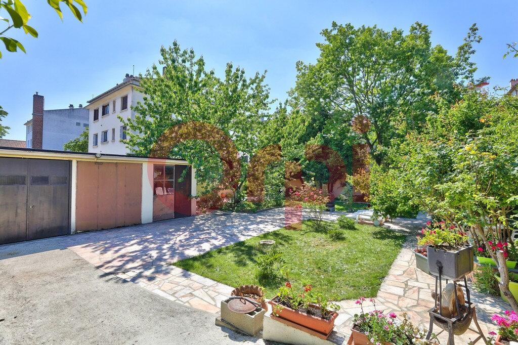 Maison à vendre 5 131m2 à Villejuif vignette-1