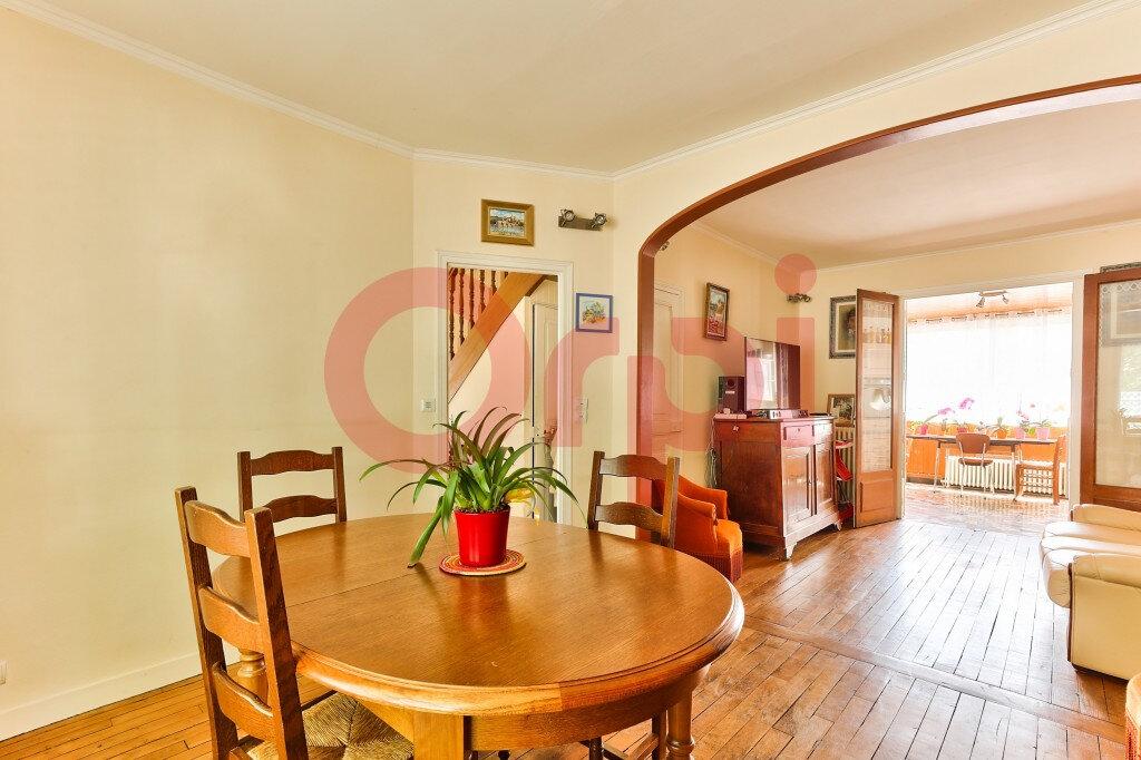 Maison à vendre 5 131m2 à Villejuif vignette-6