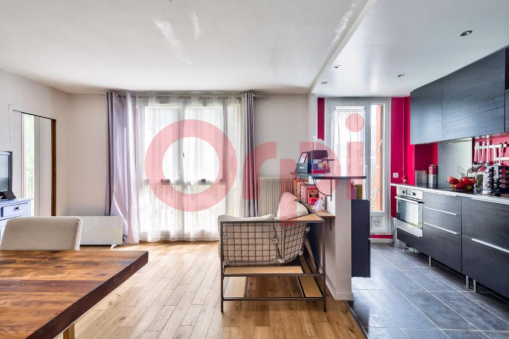 Appartement à vendre 4 69.16m2 à Villejuif vignette-2
