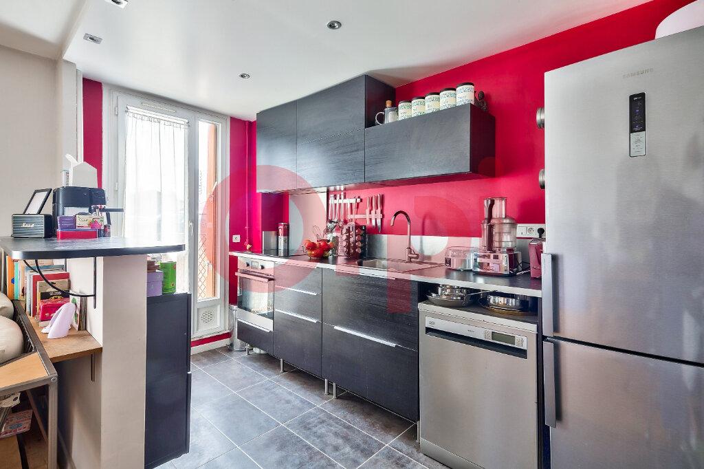 Appartement à vendre 4 69.16m2 à Villejuif vignette-3