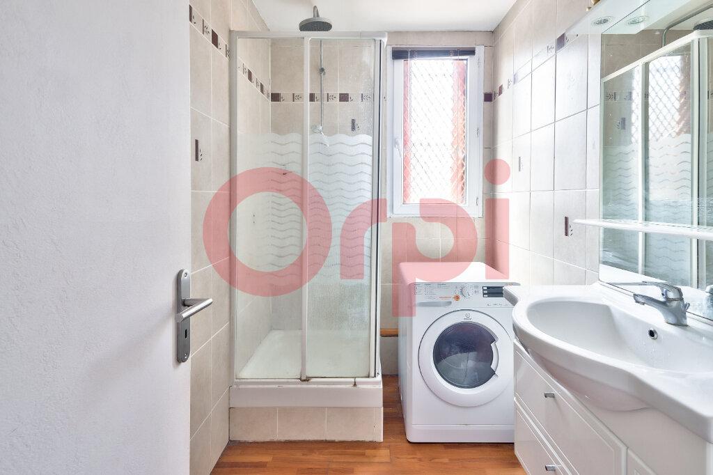 Appartement à vendre 4 69.16m2 à Villejuif vignette-6