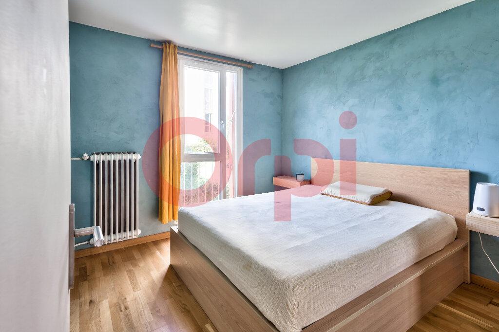 Appartement à vendre 4 69.16m2 à Villejuif vignette-7