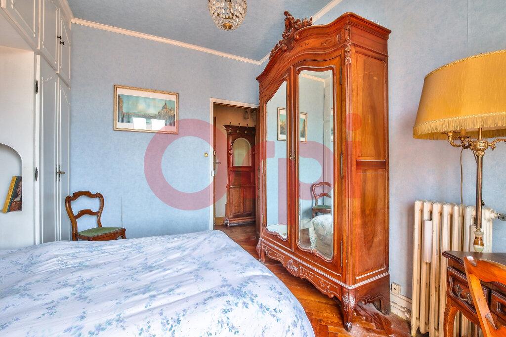 Appartement à vendre 2 38m2 à Villejuif vignette-11