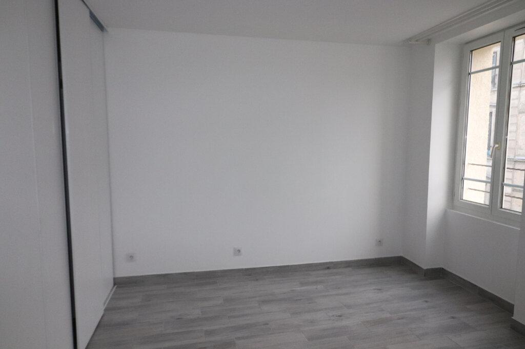 Appartement à louer 1 19m2 à Villejuif vignette-2