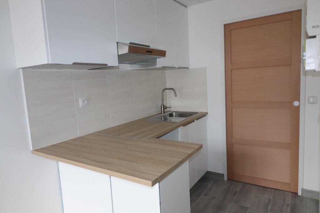 Appartement à louer 2 23.33m2 à Villejuif vignette-3