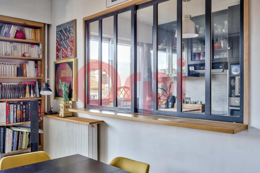 Appartement à vendre 2 54.55m2 à Villejuif vignette-2
