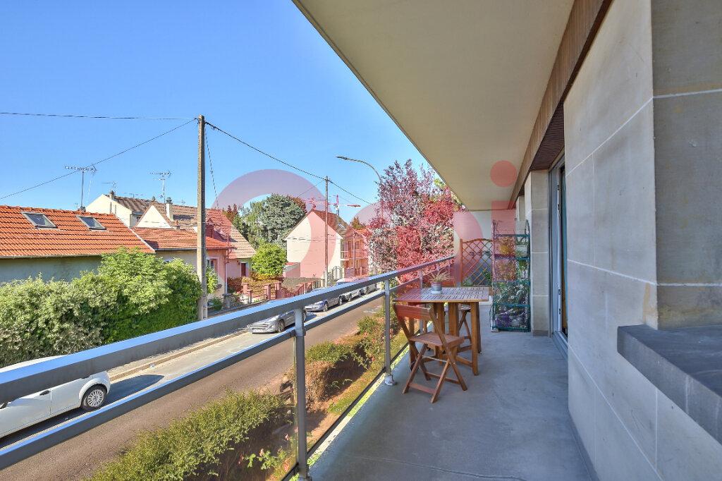 Appartement à vendre 2 54.55m2 à Villejuif vignette-4