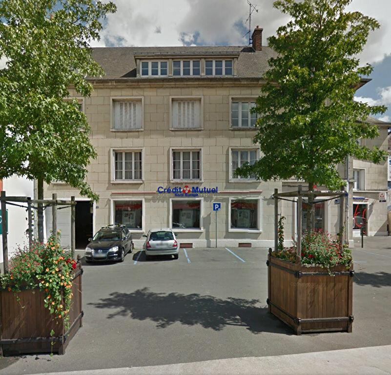 Appartement à louer 4 120.57m2 à Compiègne vignette-1