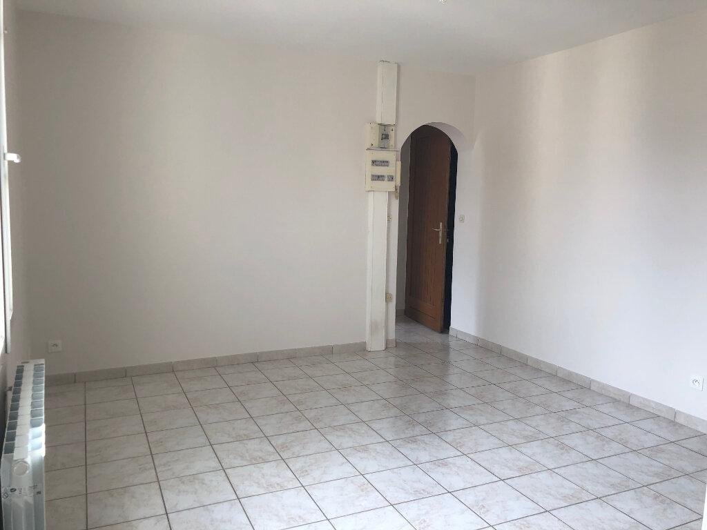 Appartement à louer 3 52.29m2 à Janville vignette-6