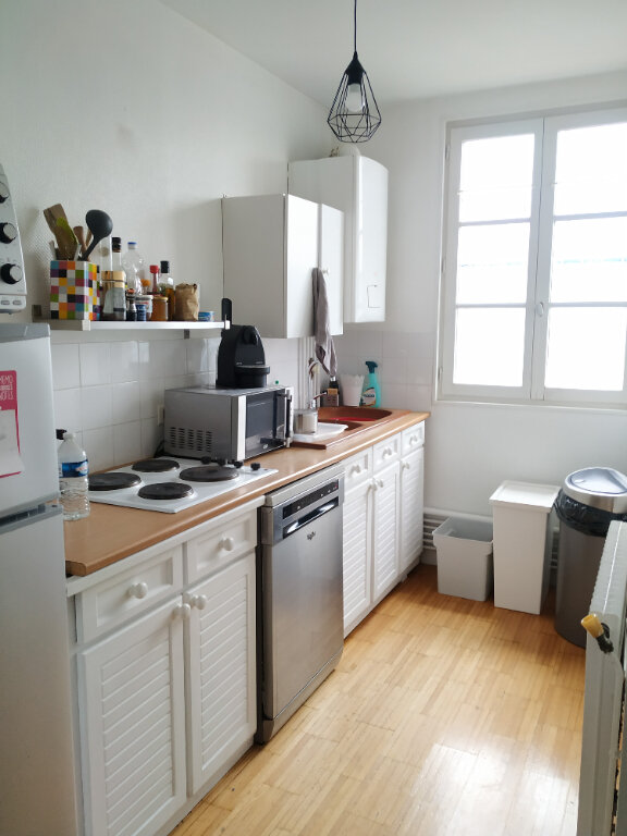 Appartement à louer 2 43.35m2 à Compiègne vignette-1