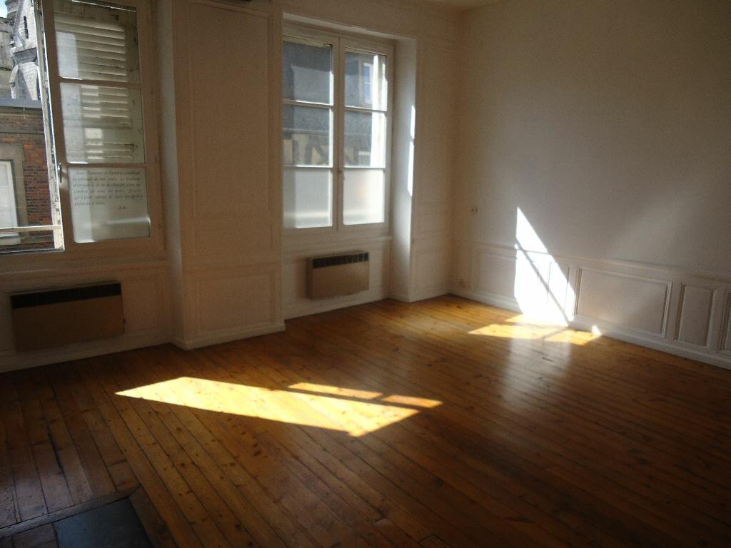 Appartement à louer 1 35.1m2 à Compiègne vignette-2