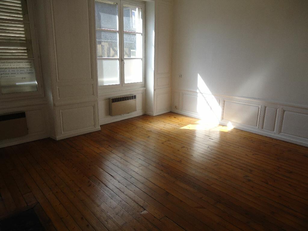 Appartement à louer 1 35.1m2 à Compiègne vignette-4
