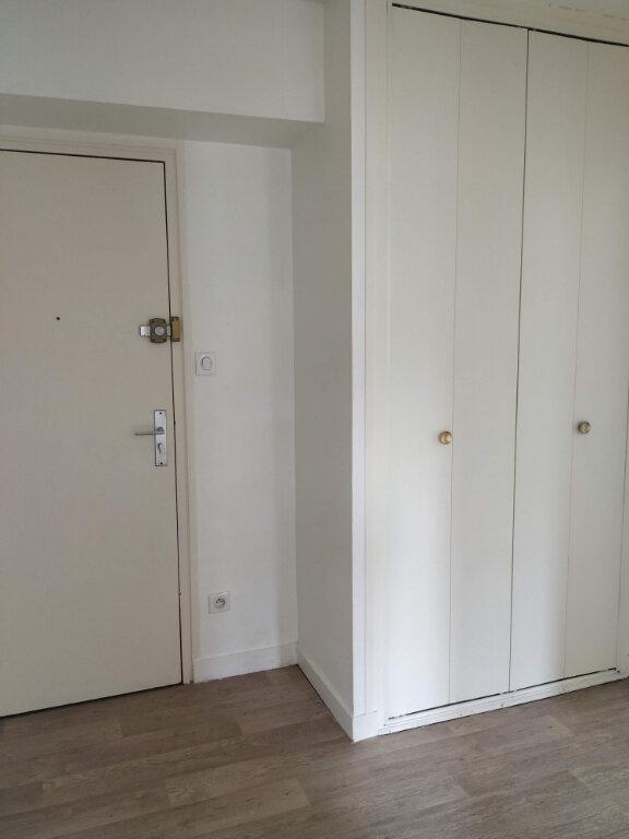 Appartement à louer 2 53.44m2 à Compiègne vignette-5