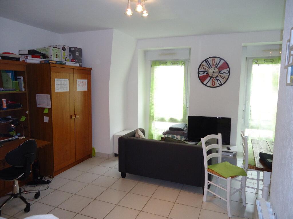 Appartement à louer 1 33.6m2 à Compiègne vignette-3