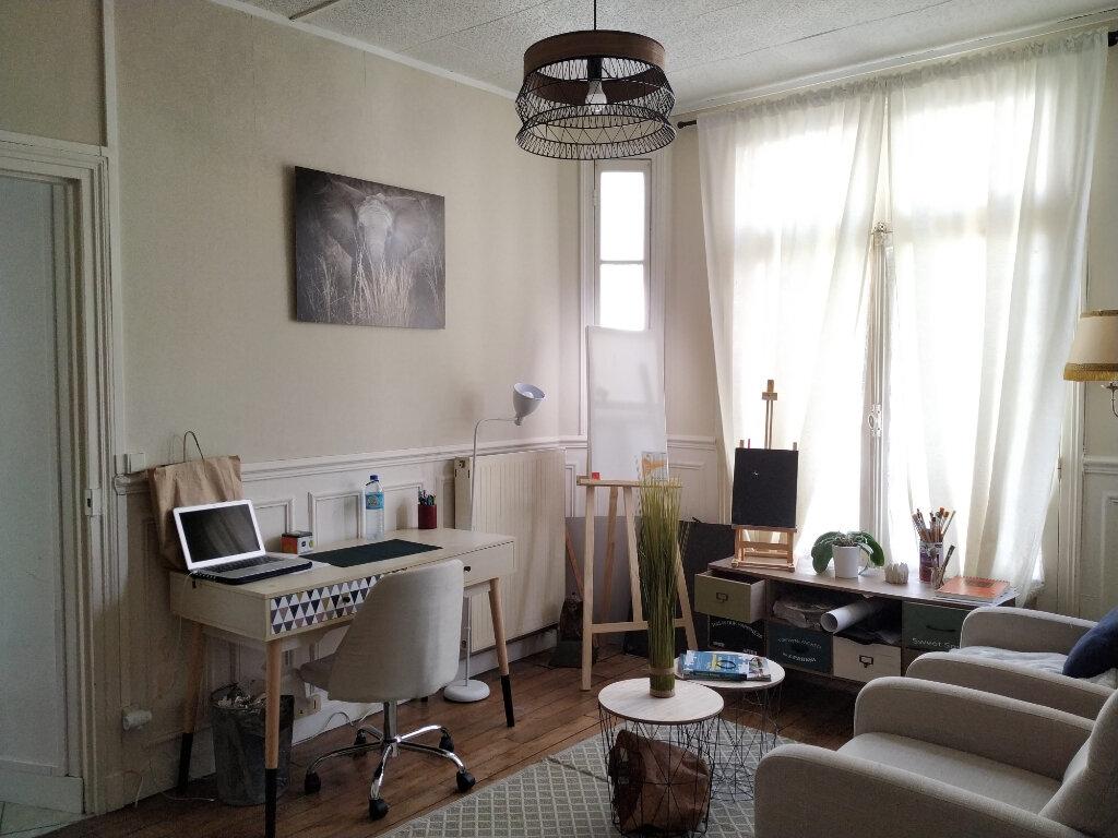 Appartement à louer 2 40.92m2 à Compiègne vignette-2