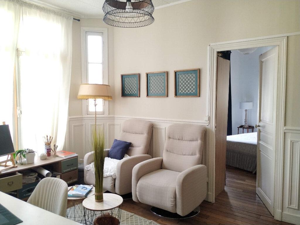 Appartement à louer 2 40.92m2 à Compiègne vignette-5