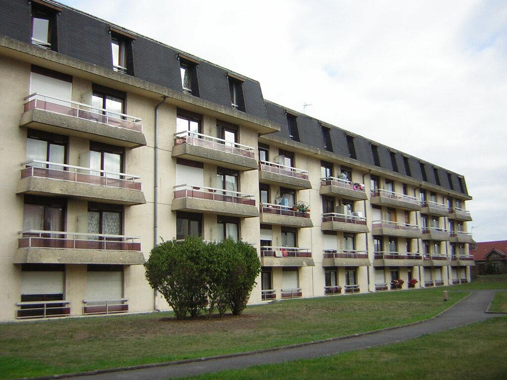 Appartement à louer 1 29.6m2 à Margny-lès-Compiègne vignette-1