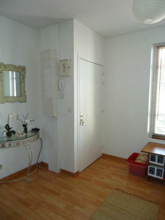 Appartement à louer 4 89.7m2 à Compiègne vignette-4