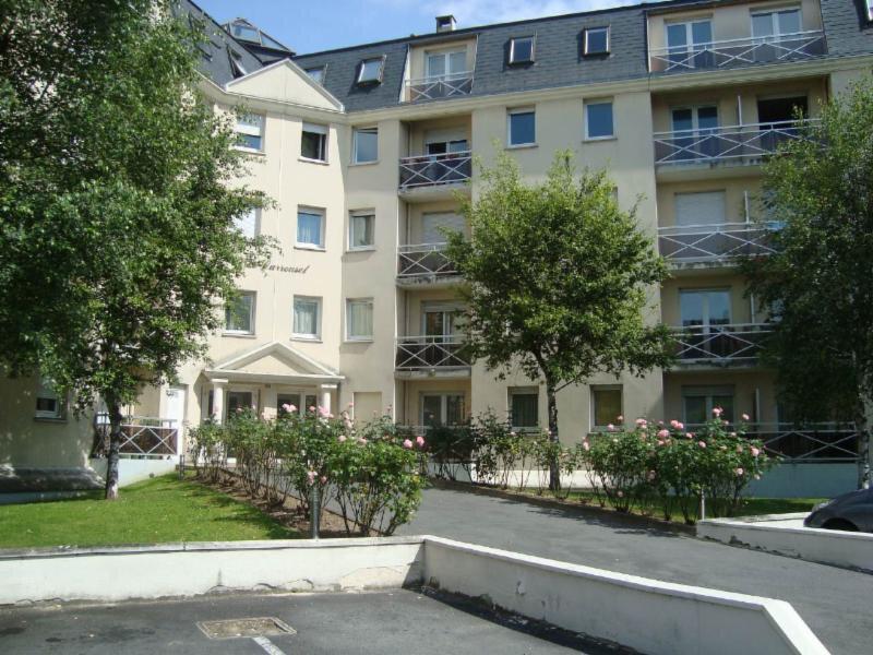 Appartement à louer 1 28.8m2 à Compiègne vignette-1