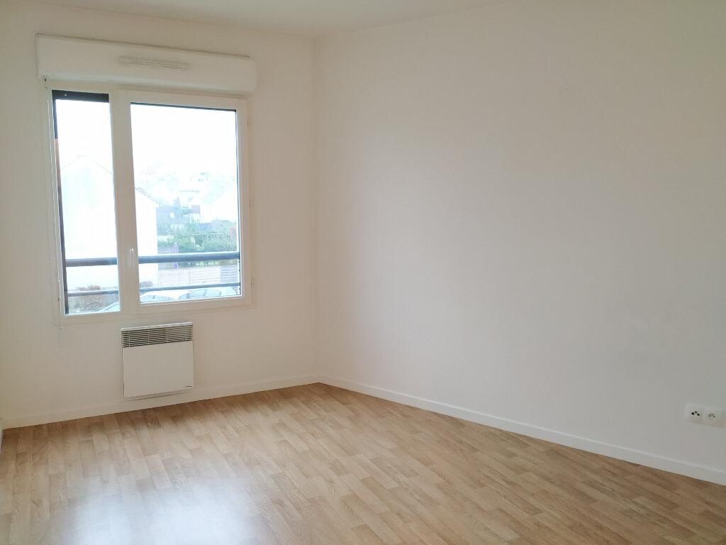 Appartement à louer 3 55m2 à Compiègne vignette-5