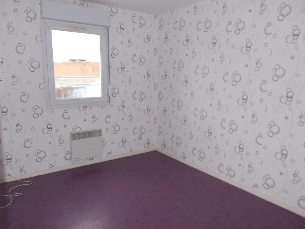 Appartement à louer 2 43.71m2 à Compiègne vignette-4