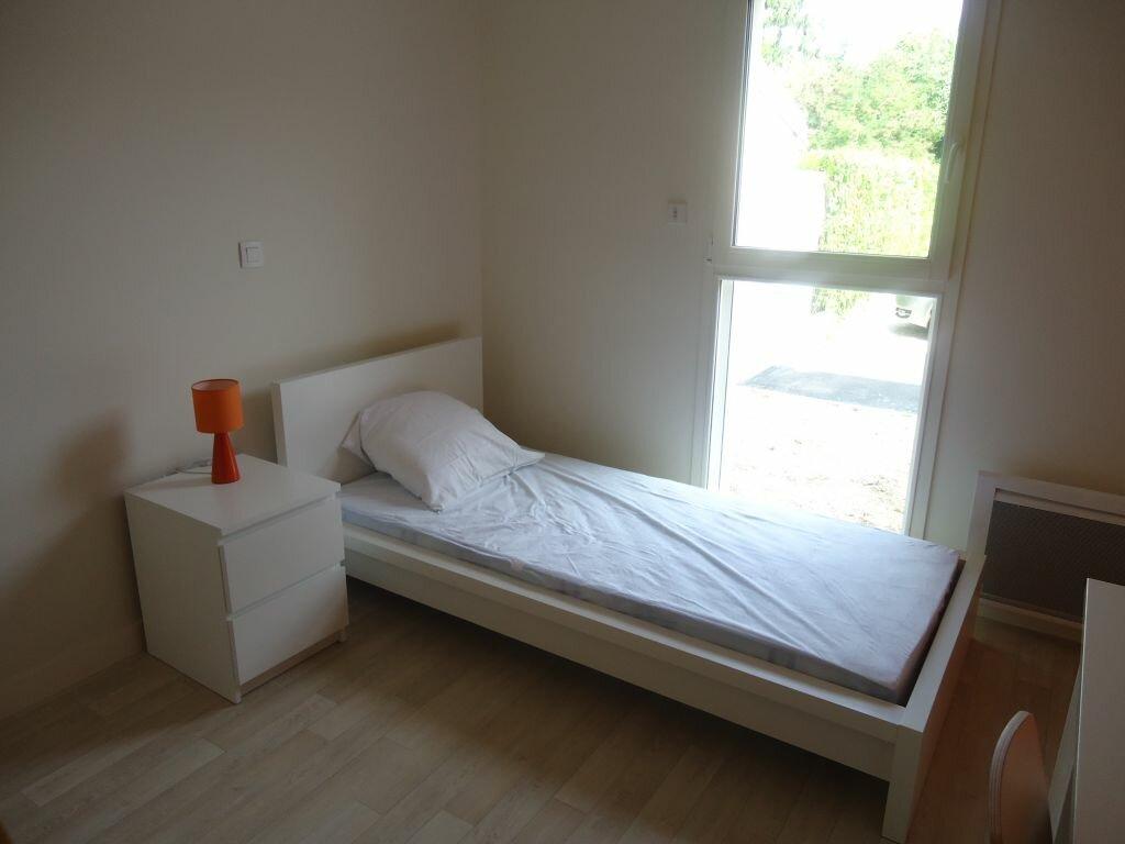 Appartement à louer 1 21m2 à Compiègne vignette-3