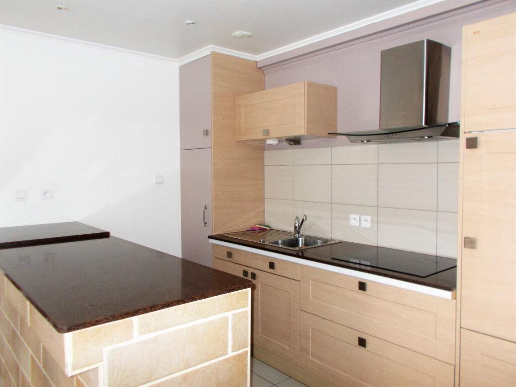 Appartement à louer 2 38.25m2 à Compiègne vignette-1