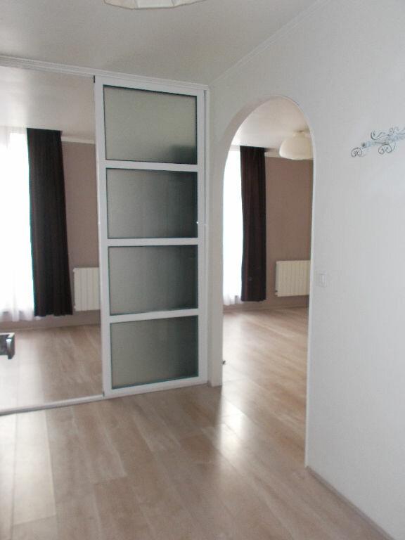 Appartement à louer 2 38.25m2 à Compiègne vignette-5
