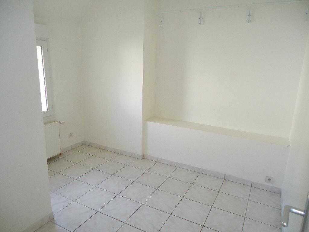 Maison à louer 3 46.99m2 à Giraumont vignette-5