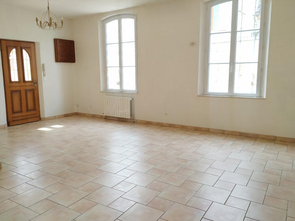 Maison à louer 5 141.79m2 à Monchy-Humières vignette-3