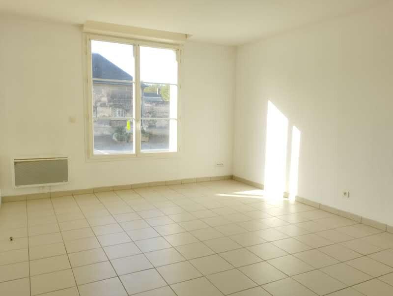 Appartement à louer 2 46.92m2 à Cuise-la-Motte vignette-1