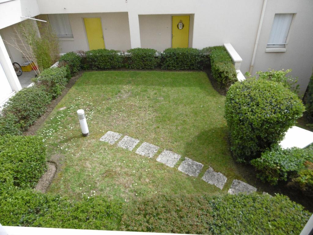 Appartement à vendre 5 114.48m2 à Compiègne vignette-2