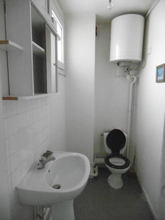 Appartement à vendre 5 114.48m2 à Compiègne vignette-4