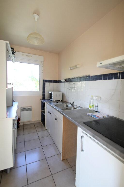 Appartement à vendre 3 69.5m2 à Compiègne vignette-2