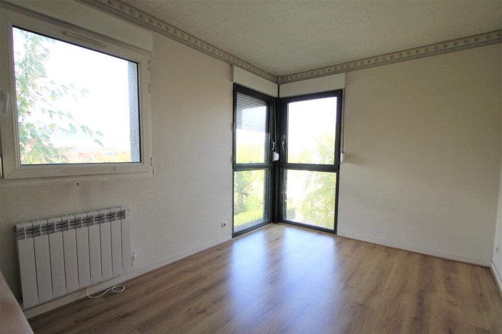 Appartement à vendre 3 69.5m2 à Compiègne vignette-4