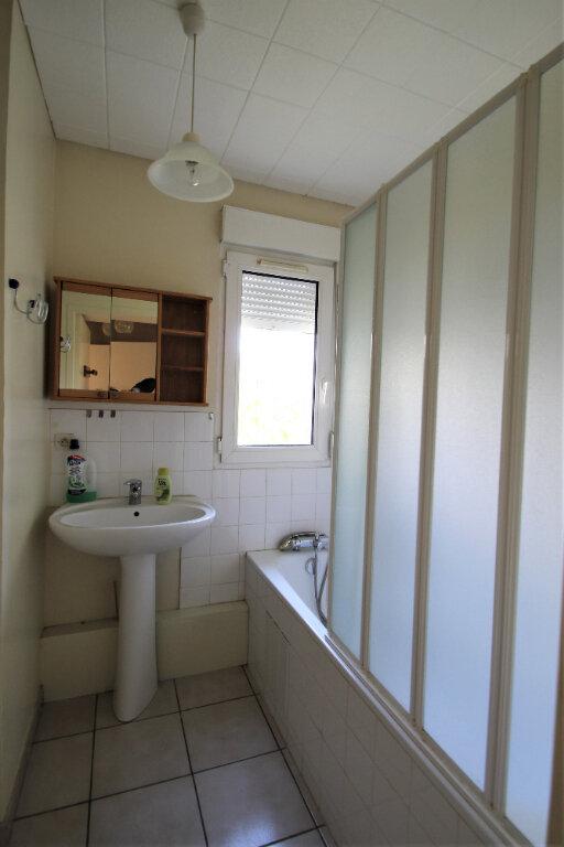 Appartement à vendre 3 69.5m2 à Compiègne vignette-5